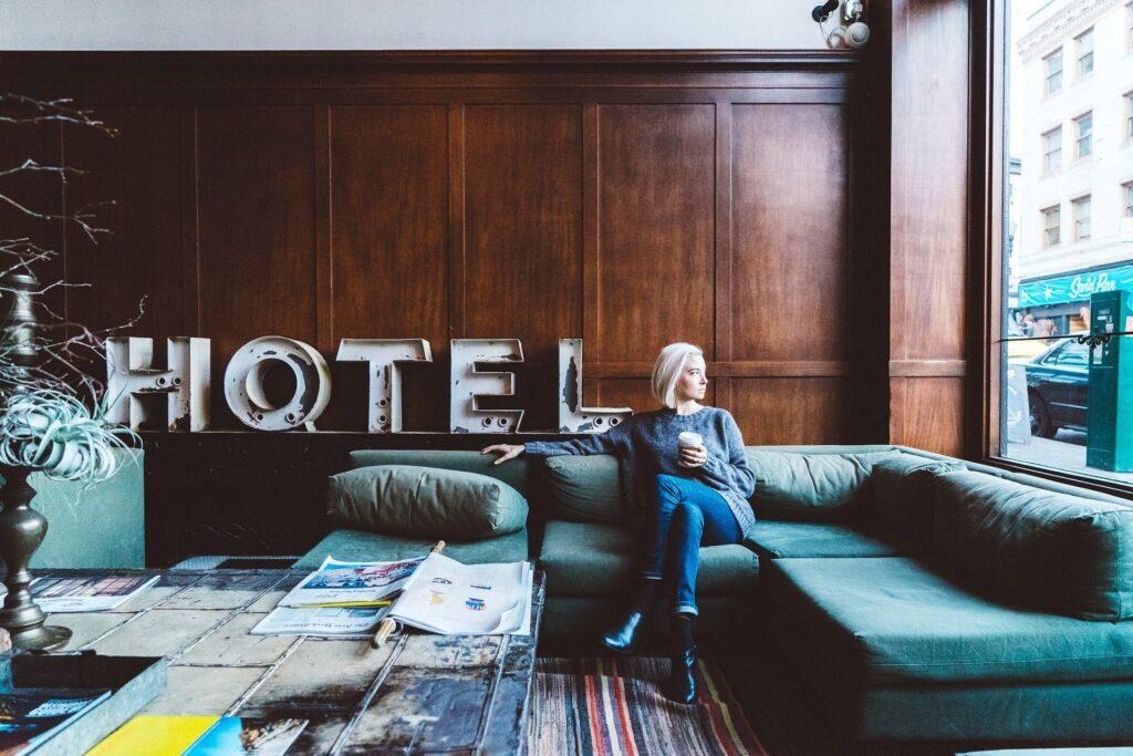 DESINFECCIÓN HOTELES